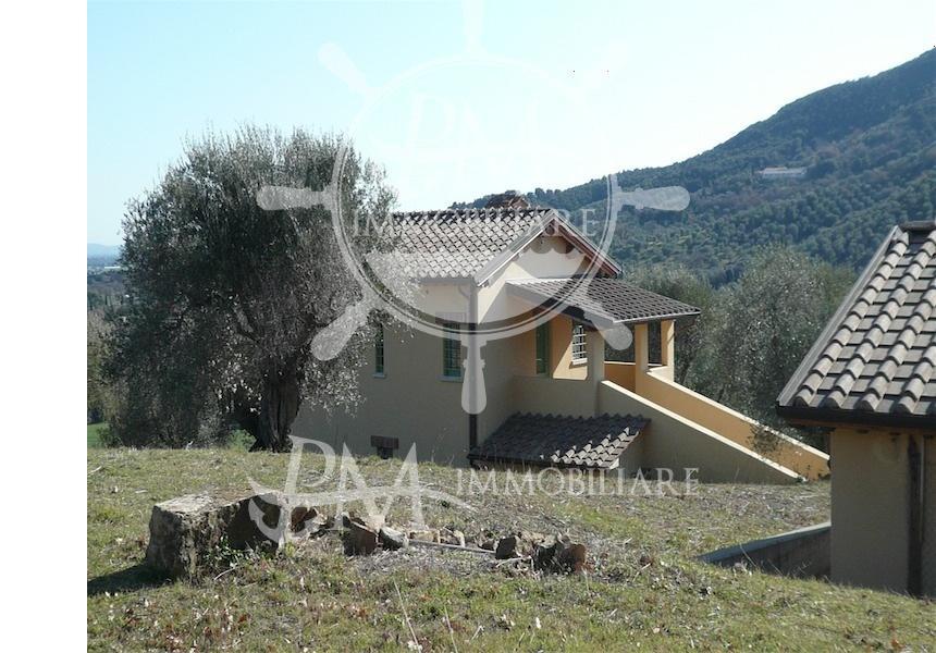 Castiglione della Pescaia, sale renovated farmhouse